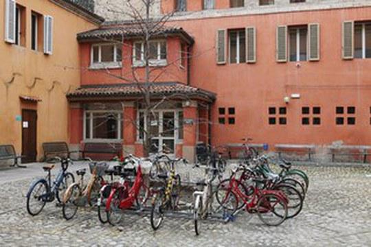 Orari apertura Aula Paolo Serra. Biblioteca SDE - Sezione Giuridica.